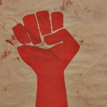 Με μάσκα ή χωρίς, η φωνή μας δε θα πάψει